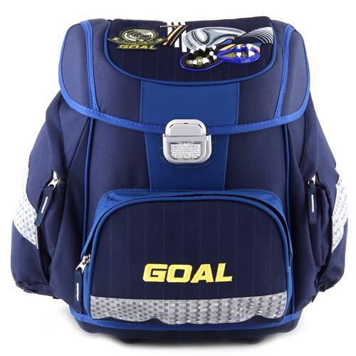 3D Goal - chlapecká školní aktovka značky Target, barva tmavě modrá.