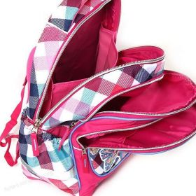 Školní batoh Target pro prvňáčky Winx Club barevné kostky